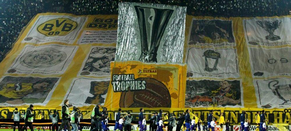 """FOTO Coregrafie SENZATIONALA a fanilor lui Dortmund: """"Completati acest album"""" Ce le-au cerut jucatorilor"""