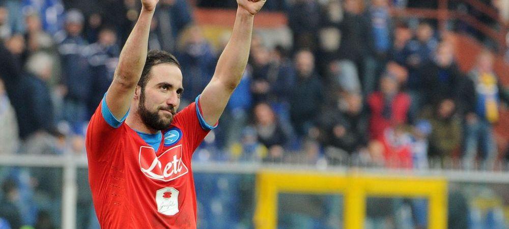 Lovitura pentru Napoli! Super golgheterul de 100 de milioane poate sa plece GRATIS! Cu cine negociaza Higuain