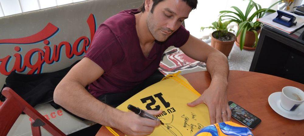 CONCURS Eu Sunt 12 | Ai acasa o minge cu autograful lui Chivu? Vrei una? :)