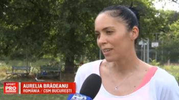 """""""Regina"""" Europei la handbal e sefa de galerie la fotbal. Mica Bradeanu isi sustine fiul la meciuri si spera ca acesta sa ajunga jucator profesionist"""