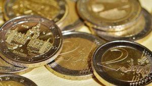 Rasturnare de situatie pe piata bancara. Cat a ajuns sa coste astazi 1 EURO, dupa ce ieri scazuse la cel mai mic nivel al anului