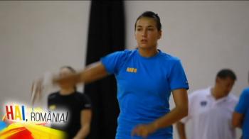 HAI, ROMANIA | A crescut jucand fotbal in fata blocului si a ajuns cea mai buna handbalista din lume! Cristina Neagu vorbeste despre planurile pentru Rio