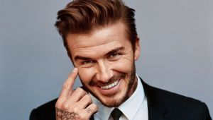 Un tanar de 19 ani a cheltuit 26.000 de dolari ca sa arate ca David Beckham! Rezultatul te va amuza