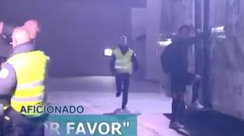 'Cristianooo, te rog, Cristianooo!' Gestul SENZATIONAL facut de Ronaldo in fata autocarului! Ce s-a intamplat cand a vazut ca acest pusti e impins de stewarzi