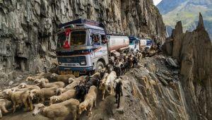 Cele mai periculoase drumuri din lume: Soferii au viata grea - FOTO