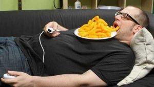 Ei sunt cei mai lenesi oameni din lume. Imaginile au devenit virale pe internet | Galerie foto