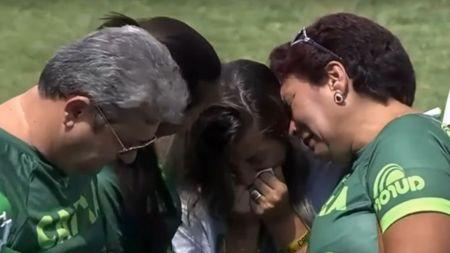 IMAGINI CUTREMURATOARE in Brazilia, la primul meci al lui Chapecoense dupa tragedia aviatica! VIDEO