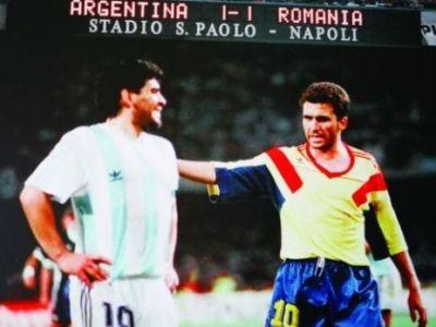 Maradona nu l-a uitat pe Hagi de ziua lui! Momentul FABULOS cand s-au intalnit fata in fata pe teren. VIDEO