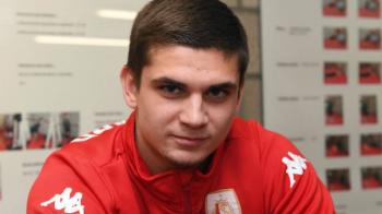 "Cum si-a primit Razvan Marin ""botezul"" la Standard! ""A avut emotii mari!"" Ce a fost pus sa faca :)"