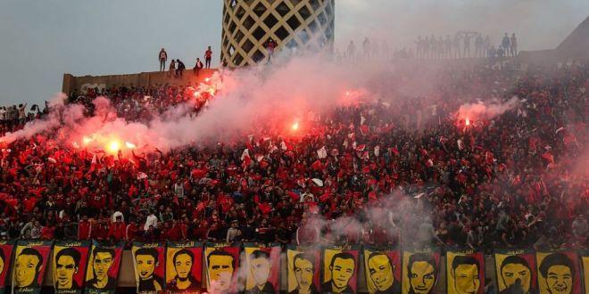 Verdict in cazul tragediei din Egipt, cand 74 de suporteri si-au pierdut viata: 10 fani condamnati LA MOARTE!