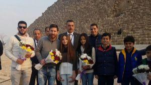 FARAONUL MESSI a aterizat in Egipt! Nebunia declansata la Piramide, dupa ce a fost vazut acolo