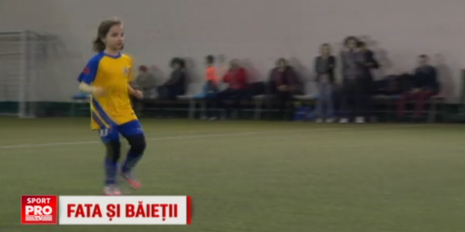 N-a implinit 9 ani, dar se viseaza Alex Morgan. O fata din Romania joaca fotbal in competitiile pentru baieti