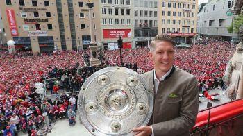 """Schweinsteiger e """"on fire"""". Surpriza: cu cine a semnat campionul mondial, dupa ce s-a inteles cu United pentru despartire"""