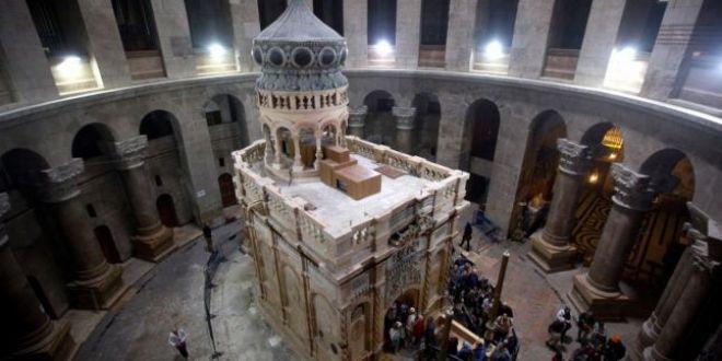 VIDEO Fenomene misterioase la mormantul lui Iisus Hristos, confirmate de restauratori