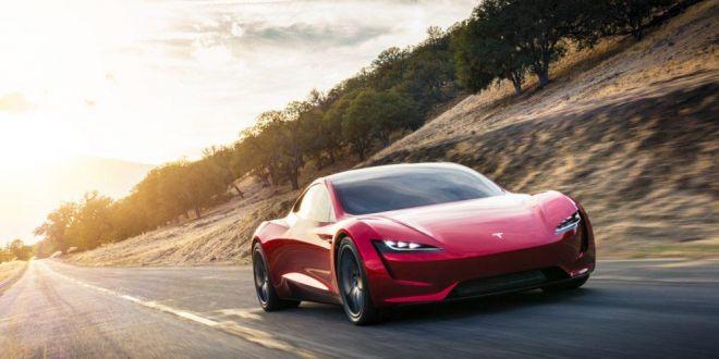 WOW: Vezi cat de rapida (si cat de scumpa) este noua Tesla Roadster