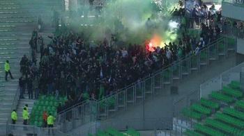 Acesta a fost un meci CU PORTILE INCHISE! Imagini incredibile in Ligue 1, la Saint Etienne - Rennes: ultrasii au descins pe stadion