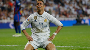 Cristiano Ronaldo a facut SCANDAL in vestiar! Cei doi colegi pe care a dat vina pentru infrangerea cu Barca!