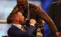 """""""Lucrurile au degenerat!"""".Reactia lui Mayweather cand McGregor il freaca pe cap in timpul conferintei. VIDEO"""
