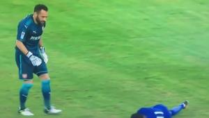 Accidentare horror a lui Pedro la amicalul dintre Chelsea si Arsenal! VIDEO