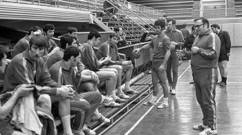 A murit unul dintre cei mai mari antrenori din sportul romanesc: Nicolae Nedef a contribuit la 7 titluri mondiale la handbal