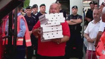 """""""Sa vina pizza la baieti!"""" :)) Cate pizza au mancat jucatorii lui Dinamo dupa victoria cu Viitorul"""