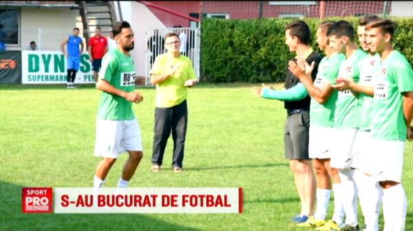 Prima infrangere pentru CSA Steaua! Echipa lui Lacatus a jucat la balci, langa tarabe cu mici si carnati! VIDEO