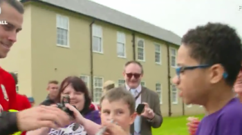 """Chiar esti Gareth Bale?"" :) Reactia fabuloasa a unui copil cand l-a vazut pe galez VIDEO"