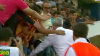 """Adeptos te ajuta! Respecto!' Imagini EPICE cu Sumudica in Turcia! S-a dus in tribuna la SELFIE-URI! VIDEO"