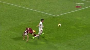 """Era sa-mi rupa piciorul, n-ati vazut?! N-a vrut sa dea penalty!"" Benzar ataca dur arbitrajul dupa egalul cu CFR Cluj"