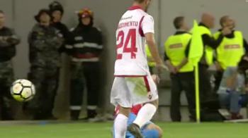 Faza care ar fi schimbat derbyul: Benzar a intrat dur la Nascimento, dar Kovacs l-a iertat de rosu! Trebuia eliminat?