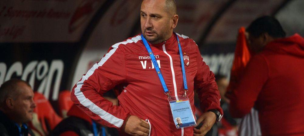 """""""Fault INVENTAT! Nu am ce sa le reprosez jucatorilor! Costache a fost senzational!"""" Ce a spus Miriuta dupa Dinamo 1-1 Astra"""