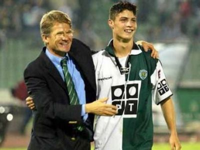 VIDEO: Azi, 15 ani de la primul gol marcat de Cristiano Ronaldo! Era la Sporting, avea 17 ani, si i-a cerut un Porsche impresarului Becali
