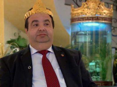 """""""Socares prala?"""" :) Problemele cu justitia ale regelui Cioaba au dat peste cap debutul international al nationalei rromilor"""