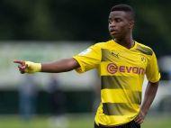 Are 12 ani, joaca la U17 si are iubita de 18! Noua perla a Borussiei Dortmund e gata de prima echipa si de un record uluitor