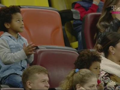 """FOTO: """"Bizoneii"""", cei mai fericiti suporteri de pe National Arena! Gnohere este noul GOLGHETER al Ligii 1"""