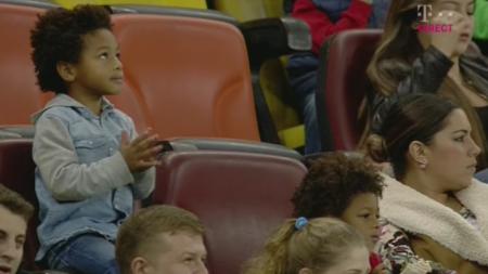 FOTO: Bizoneii , cei mai fericiti suporteri de pe National Arena! Gnohere este noul GOLGHETER al Ligii 1