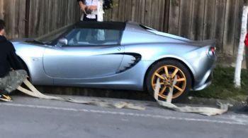 Imagini FABULOASE langa Bucuresti! Unde a putut sa ajunga o masina de 40.000 de euro! A fost nevoie de motostivuitor sa fie scoasa