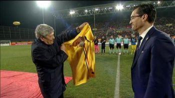 TOT stadionul in picioare pentru Lucescu! Gest EMOTIONANT inainte de Romania - Turcia. Ce s-a intamplat