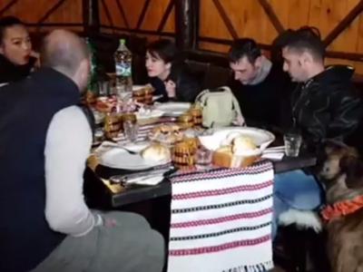 Zeci de bloggeri și jurnaliști din 10 țări au venit în Bucovina. Reacțiile lor