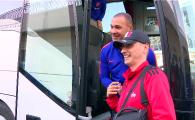 """Marele Gullit e la Bucuresti! Un fan roman s-a pus in fata autocarului: """"O poza, va rog!"""" Romania - Olanda, ProTV!"""