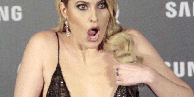 Gafa indecenta a unei celebre prezentatoare, pe covorul rosu. Ce a patit. FOTO
