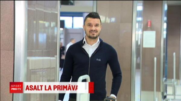 Stelistii s-au intalnit cu Mircea Lucescu pe aeroport, la plecarea in Cehia