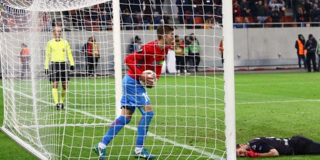 Situatia incredibila inainte de Steaua - Viitorul! Gica Hagi poate castiga 250.000 daca primeste un gol! Clauza controversata din contractul unui jucator