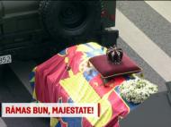 """Momentul in care oamenii adunati la Palatul Regal au strigat """"Jos comunistii!"""" VIDEO"""