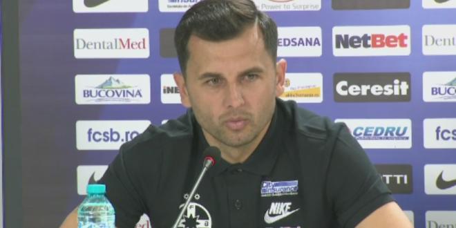 Dica, raspuns acid pentru Victor Piturca:  Ma faceti sa zambesc!  Motivul pentru care nu semneaza prelungirea cu Steaua:  Am avut o discutie cu domnul Becali!