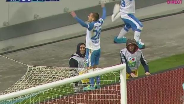 Craiova da RESTART in lupta la titlu: 2-1 cu CFR Cluj! Atmosfera din  Planeta Craiova , cea mai mare victorie a fotbalului romanesc in 2017!
