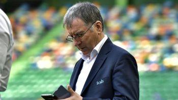 Steaua, condusa de scriitori! :) Valeriu Argaseala lanseaza o carte de poezii! Cum scrie presedintele ros-albastrilor