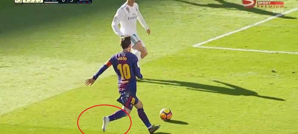 O imagine pentru istoria fotbalului: Messi da pasa de gol fara o gheata in picior, din fata lui Cristiano Ronaldo! VIDEO
