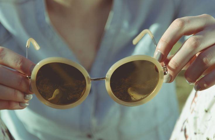 (P) Tot ce trebuie să știi despre ochelarii de soare Polaroid