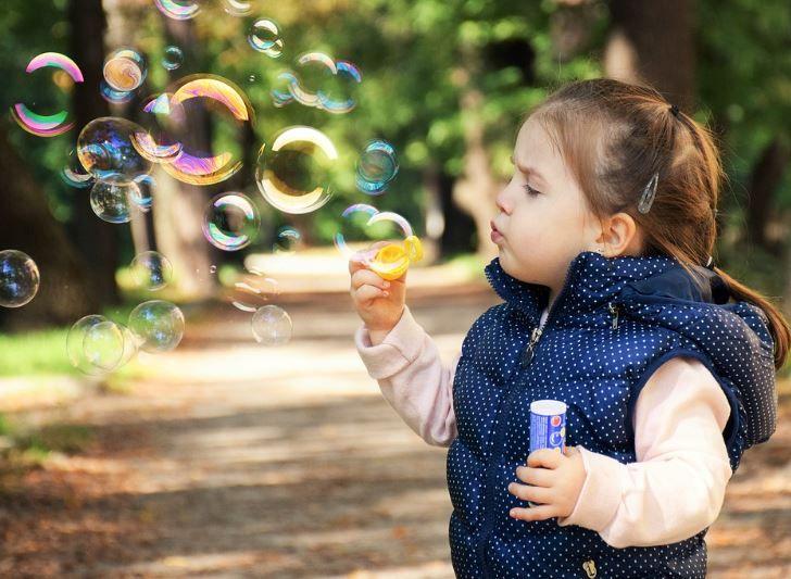 (P) De ce este important să le dai copiilor suplimente de vitamina C